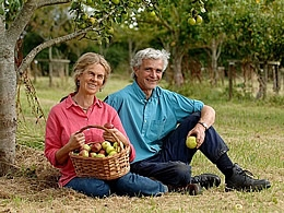 James Armstrong-Evans & Mary Martin, Tamar Valley Apple varieties